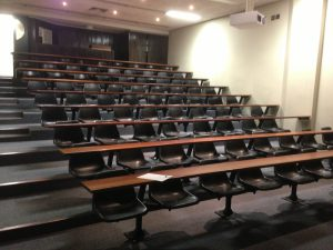 college-classroom-photo